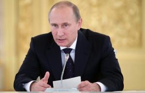 Владимир Путин считает, что угрозы суверенитету России нет, но оборону Крыма следует укреплять