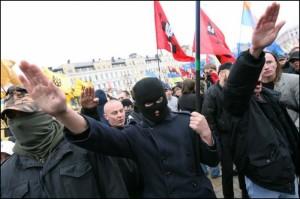 Украина оформляется как неонацистское государство
