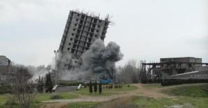 В Севастополе снесли незаконную многоэтажку. К проекту, как считают в городе, был причастен сын Януковича