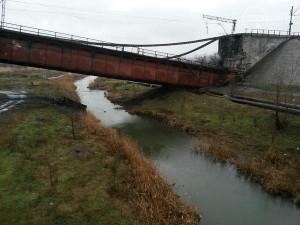 В Мариуполе взорван железнодорожный мост