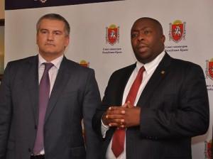Сергей Аксенов принимает зимбабвийского министра Сэйвиора Касукувери