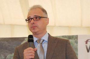 Украинский посол в Риме Евгений Перелигин несет прямую ответственность за угрозы в адрес итальянских политиков, решивших посетить Крым